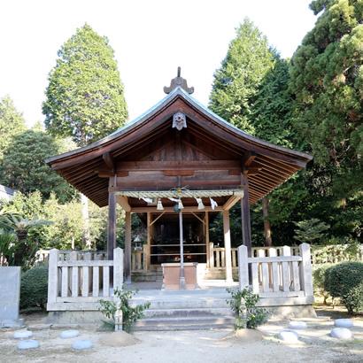 大和大圀魂神社・拝殿