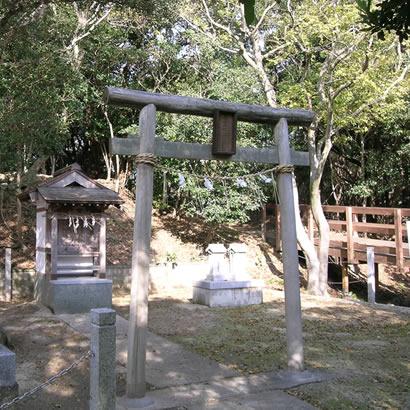 出石(いずし)神社