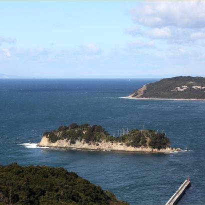 沖ノ島古墳群と棒状石製品