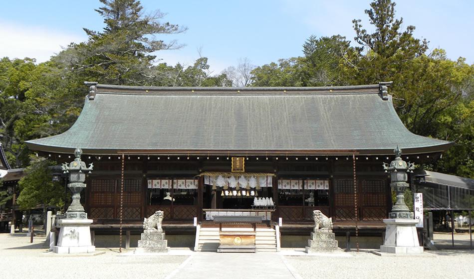 伊弉諾神宮・拝殿
