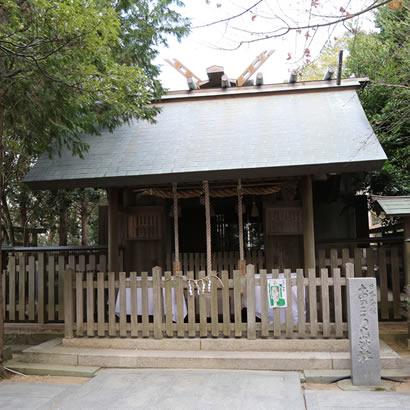 自凝島神社・正殿
