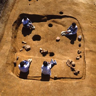 塩壺西遺跡・発掘中の様子/兵庫県立考古博物館提供